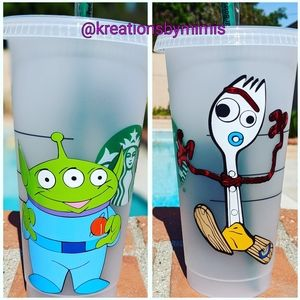 Frosted Starbuck cup W/Forky & green little men